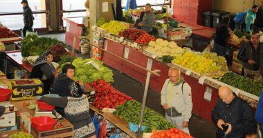 Peste 3.400  de comercianți  de fructe și legume au fost controlați