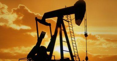 Prețul barilului de petrol a coborât la 78,56 dolari pe baril