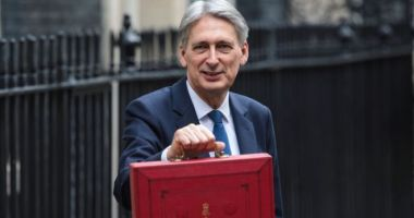 Marea Britanie va introduce un impozit de 2% pentru giganții internet, din 2020