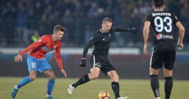 FCSB - VIITORUL 2-0 / Golurile lui Tănase și Filip îl salvează pe Dică
