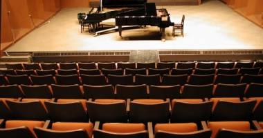 Recital închinat iubirii la Colegiul de Artă