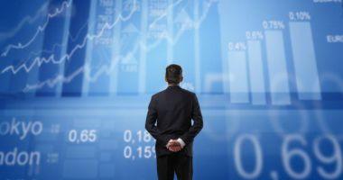Investitorii de pe piața de capital vând în pierdere