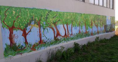 GALERIE FOTO / Zidul de la Delfinariu a fost pictat de copii