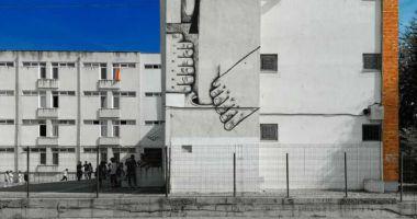 """""""Pisica Pătrată"""" realizează un nou mural la Colegiul """"Regina Maria"""""""