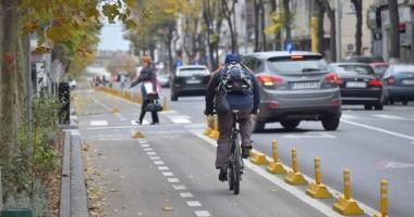 Pistă de biciclete şi sens unic pe bulevardul Tomis, între Grand şi Lupoaică