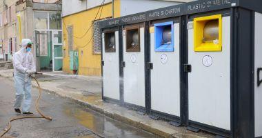 Platformele pentru colectarea gunoaielor, dezinfectate permanent, la Constanța