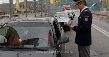 Plecările românilor în străinătate au crescut cu peste 5 procente