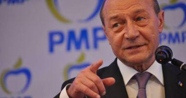Traian Băsescu va deschide lista PMP la alegerile europarlamentare
