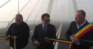 Galerie foto. A fost deschis noul pod de la Agigea. Cum se circul� spre sudul litoralului