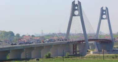 Vizit� discret� de la Transporturi.  Probleme tehnice la noul pod de la Agigea?