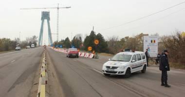 Calvarul �oferilor se repet� �i �n 2016: podul de la Agigea, �nchis total. Cum  se va putea ajunge �n sudul litoralului
