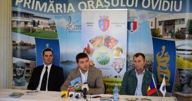"""Cum sunt sprijiniţi producătorii agricoli din Ovidiu. Edilul George Scupra a lansat Asociaţia """"Poiana lui Ovidiu"""""""