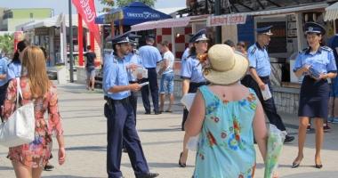 Poli�ia pune la dispozi�ia turi�tilor din Mamaia un punct de informare