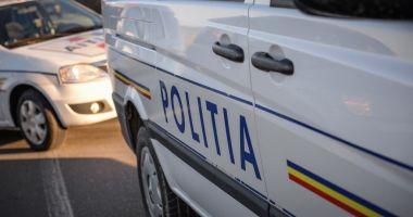 O femeie a sunat la 112 să anunţe că şi-a omorât fiul, după 12 ore de la comiterea crimei