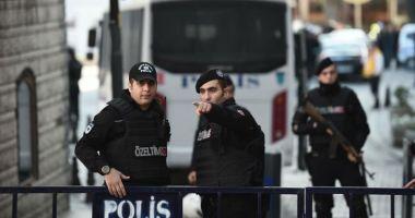 Turcia: O persoană a fost împuşcată mortal într-un atac la Camera de comerţ din Osmaniye
