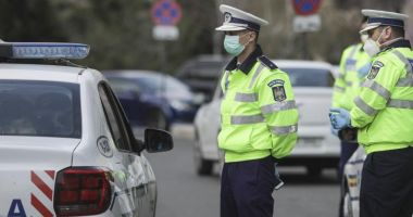 Polițiștii au dat peste 2.000 de amenzi într-o singură zi pentru nerespectarea măsurilor de protecție