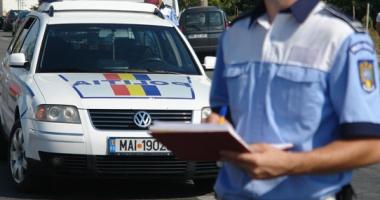 Un bărbat a dat în judecată Poliţia, după ce a fost amendat că nu purta centura de siguranţă într-o parcare