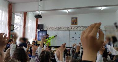 Polițiștii locali, vizită la Școala Nr. 37. Care este motivul