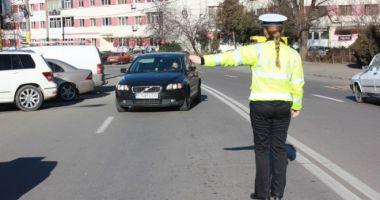 Razie pe şosele, la Constanţa! Zeci de autoturime, trase pe dreapta