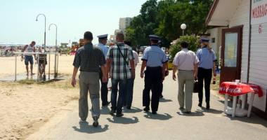 Poliţiştii ies pe stradă, de Florii şi Paştele catolic