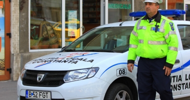 Poliţiştii constănţeni sancţionează şoferii de pomană.