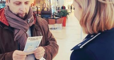 Poliţiştii constănţeni, discuţii cu cetăţenii  despre alegerile parlamentare