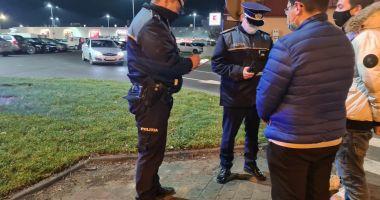 Promisiuni pentru polițiști: 1.000 de lei stimulent pentru lupta împotriva COVID-19