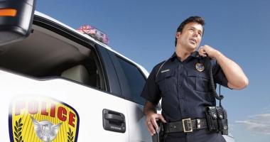 Polițistul  de la Rutieră și Dumnezeu la volan
