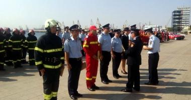 Pompierii militari, s�rb�tori�i la aniversarea de 168 de ani