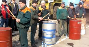 Portuarii răspund acuzaţiilor CNAPMC
