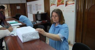 Poşta Română scumpeşte tarifele la coletele internaţionale