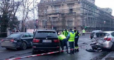 Şoferul drogat, care a lovit maşinile oprite la semafor, ARESTAT
