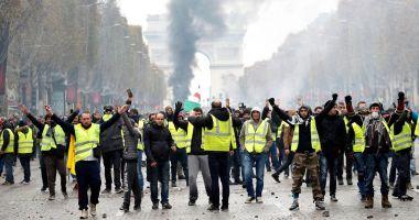 Premierul francez anunţă înlocuirea şefului poliţiei din Paris
