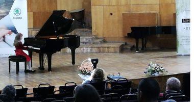 Premii pentru copiii Constanței, la Concursul Internaţional pentru micii pianişti