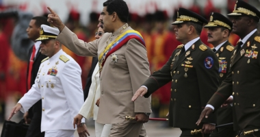 Preşedintele Venezuelei ordonă exerciţii militare după ameninţările americane