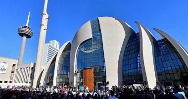Preşedintele Erdogan  a inaugurat  cea mai mare moschee  din Germania