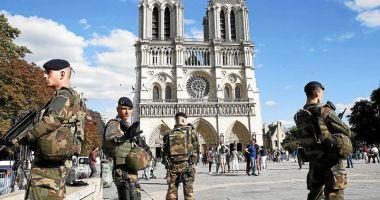 Preşedintele Macron creşte mobilizarea militarilor  în cadrul operaţiunii Sentinelle