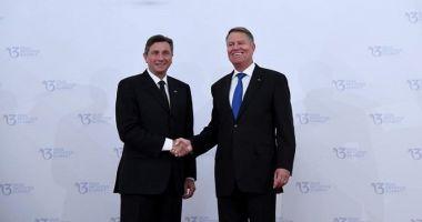 Președintele Sloveniei, primit cu onoruri militare  de Klaus Iohannis
