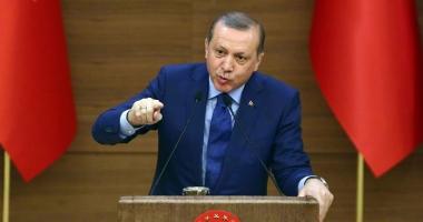 Preşedintele Turciei validează o revizuire a Constituţiei
