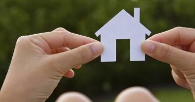 Programul Prima Casă modificat. Tinerii pot cumpăra o locuinţă mai mare