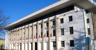 Administraţiile locale, obligate să achite 85% din datorii până la 31 martie
