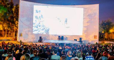 Primăria Constanța transformă faleza Cazinoului în cinema în aer liber