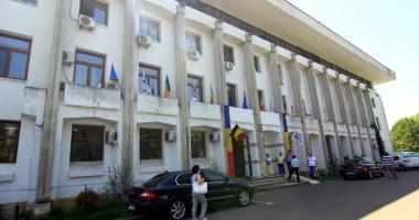 Primăria Constanţa  dă startul  licitaţiilor pentru amplasamentele  din Bazarul Perla