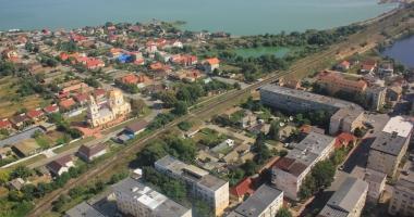 Primăria Năvodari continuă programul de dezinsecție în oraș