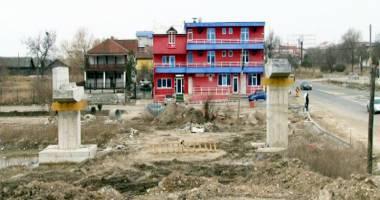 Primăria Năvodari construieşte o pasarelă  în dreptul taberei de copii