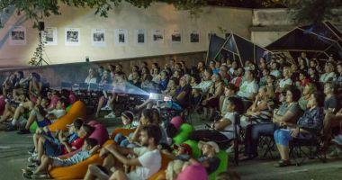 Proiecţii de filme în aer liber, pe Faleza Cazino din Constanţa