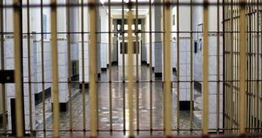Proteste la Penitenciarul Poarta Albă. Gardienii: cine va supraveghea deţinuţii? Nu ştim, nu este problema noastră
