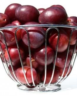 Cum te ajută prunele să scapi de kilogramele în plus
