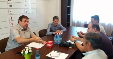 Parlamentarii PSD, întâlnire cu sindicatele pe tema voucherelor de vacanţă