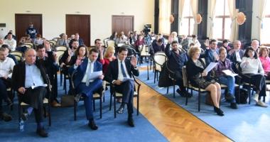 """Tichetele din Programul """"Respect"""", motiv de dispută între PSD şi PNL Constanţa"""
